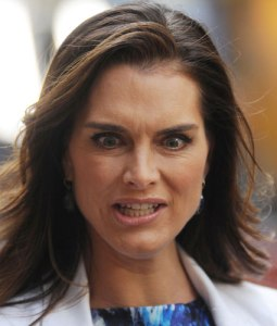 celebrity-funny-face-brooke-shield